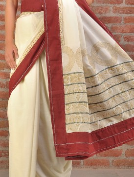 A Cotton Fulia saree with block-print pallu.  Image courtesy and copyright www.jaypore.com